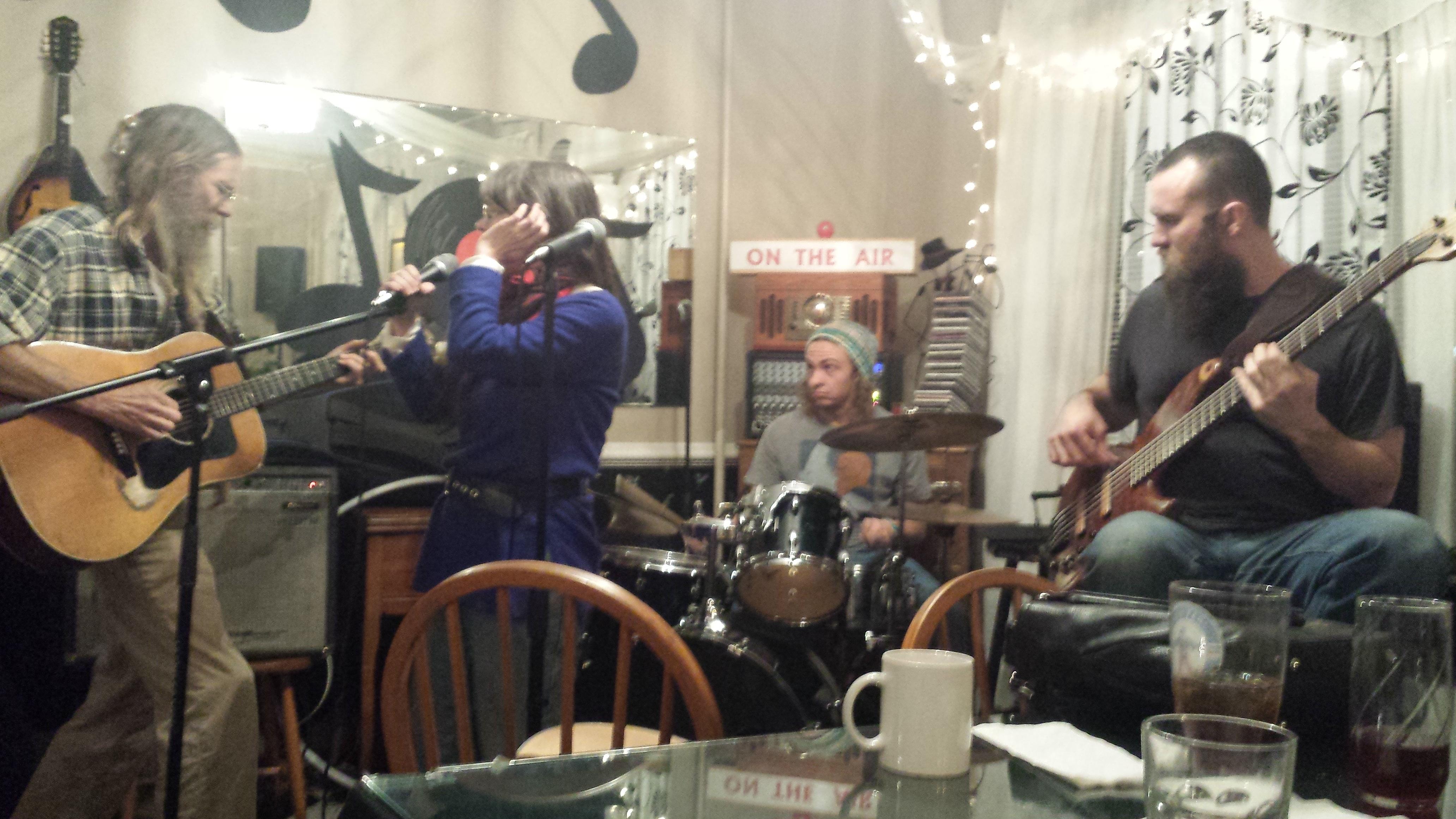 band at organic dinner